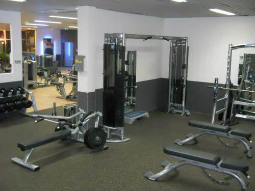 fitness park marseille marseille. Black Bedroom Furniture Sets. Home Design Ideas