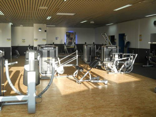 fitness park a roville roissy en france. Black Bedroom Furniture Sets. Home Design Ideas