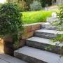 Pose d'un escalier de jardin
