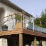 Terrasse sur poteaux coté rue