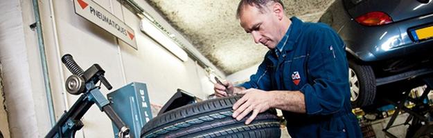 Autoservice ad boucard nantes for Garage ad nantes dalby