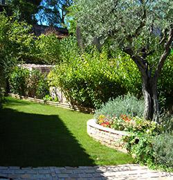 iris jardin votre soci t de cr ation de jardins et entretien paysager. Black Bedroom Furniture Sets. Home Design Ideas