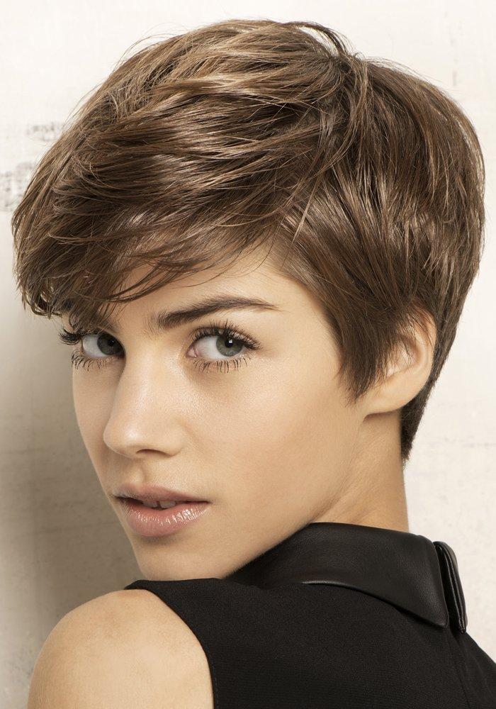 coupe de cheveux courts chez votre coiffeur rochefort coif 39 laure. Black Bedroom Furniture Sets. Home Design Ideas