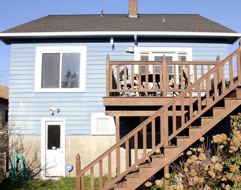 extension terrasse sur pilotis extension ossature bois sur pilotis salon de style de style. Black Bedroom Furniture Sets. Home Design Ideas